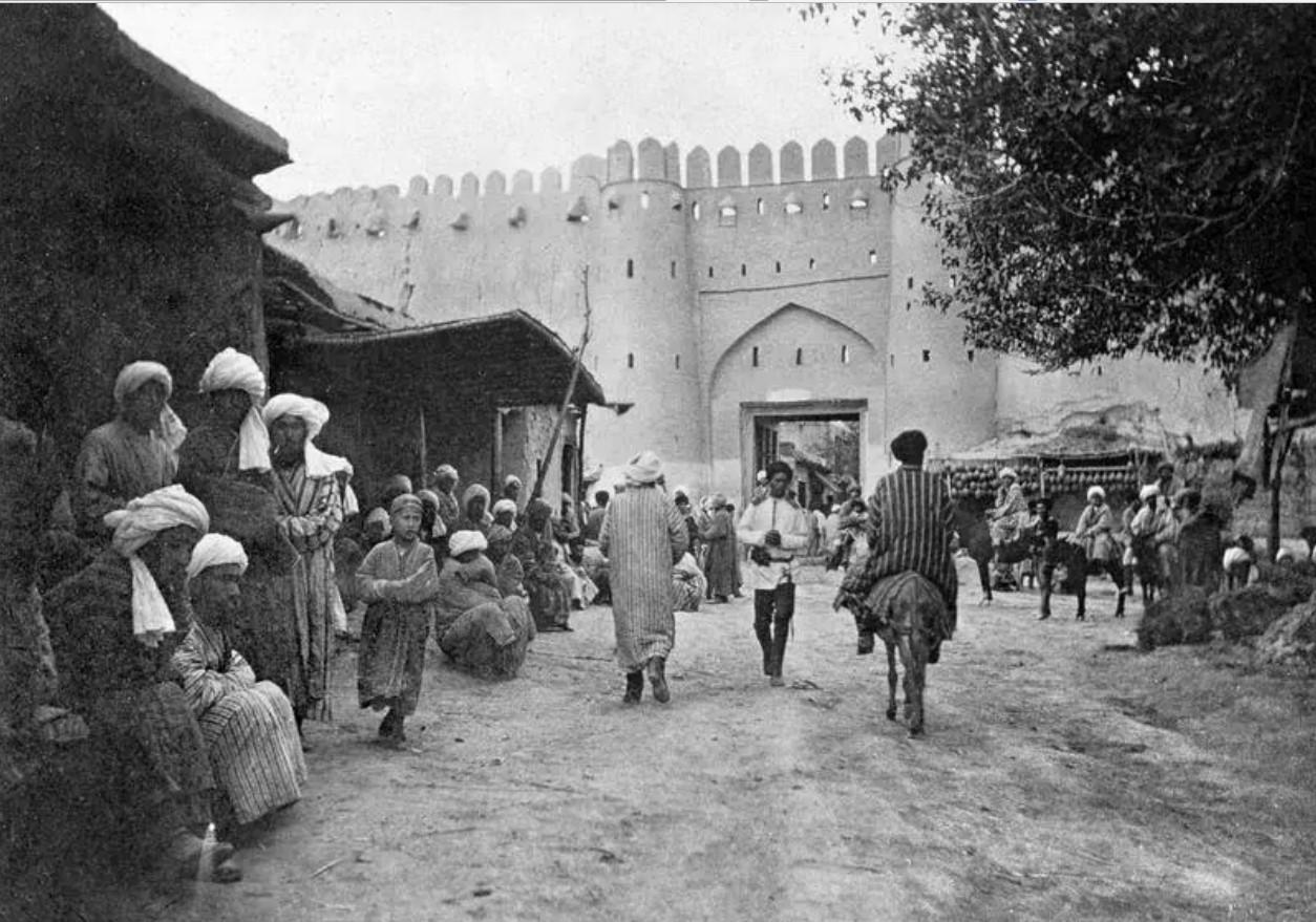 Самаркандские ворота