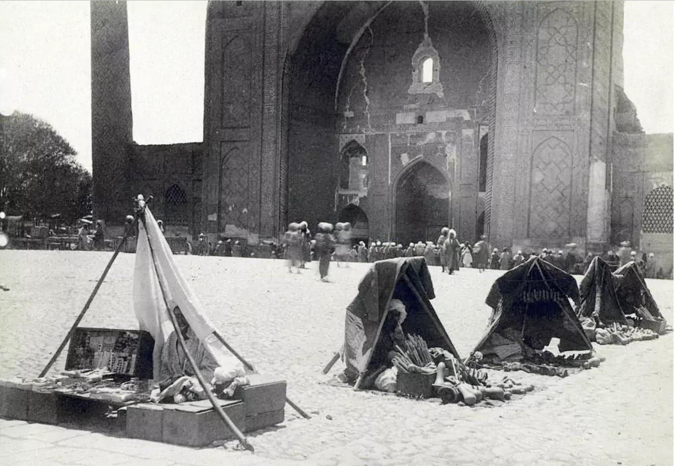 Мелочные торговцы на Регистане