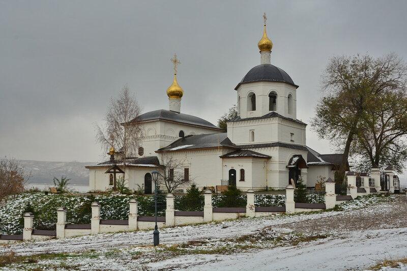 Константиноеленинская церковь