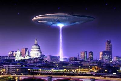 С днем уфолога и НЛО. Инопланетный корабль над городом открытки фото рисунки картинки поздравления