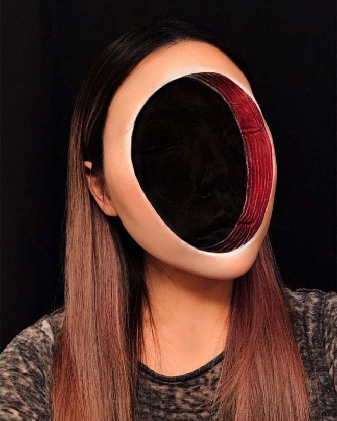Ну вот, только недавно мы сходили с ума, наблюдая за иллюзиями иллюзий на лице корейского визажиста