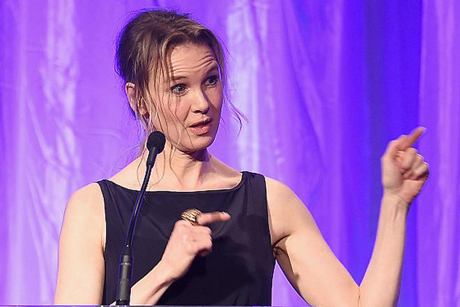 Звезда «Дневника Бриджит Джонс» так торопилась на благотворительное мероприятие, чтобы выступить с п