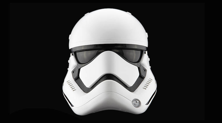 The Stormtrooper Helmet (6 pics)