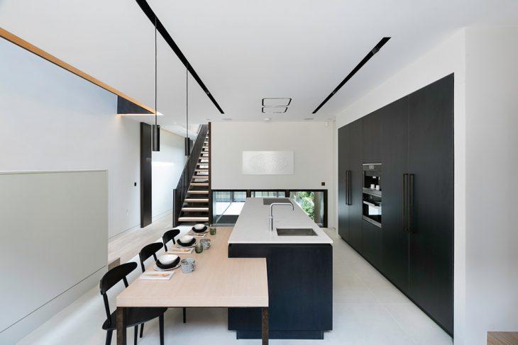 Kenure House by Echlin