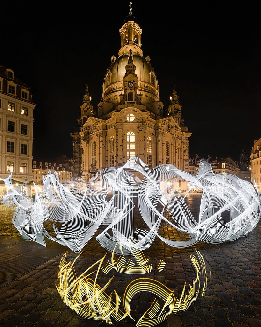 Temporary Calligraphy Illuminates Historic Sites Throughout Europe