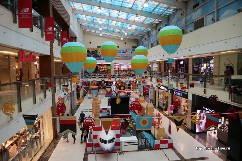 Торговый центр DLF Courtyard в Дели