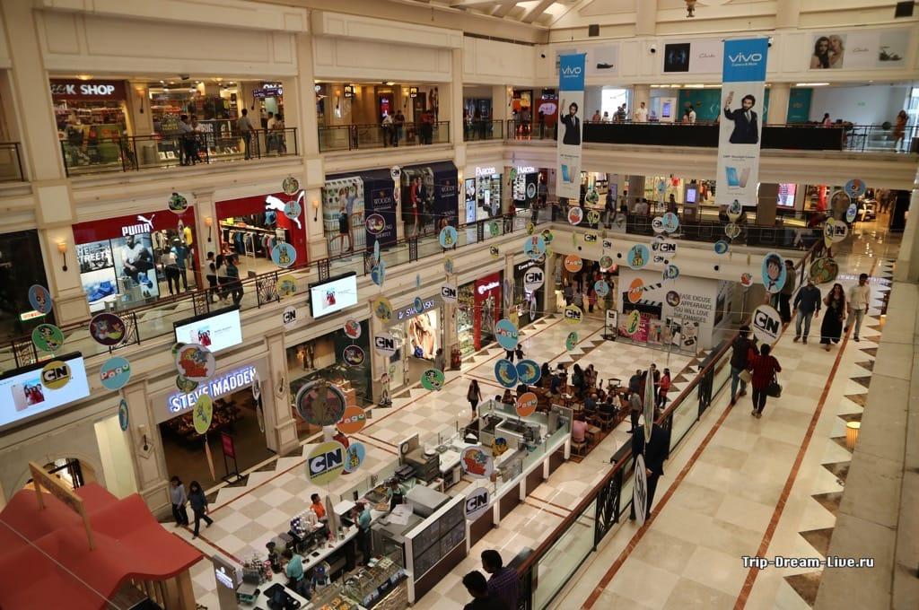 Торговый центр DLF Promenade в Дели