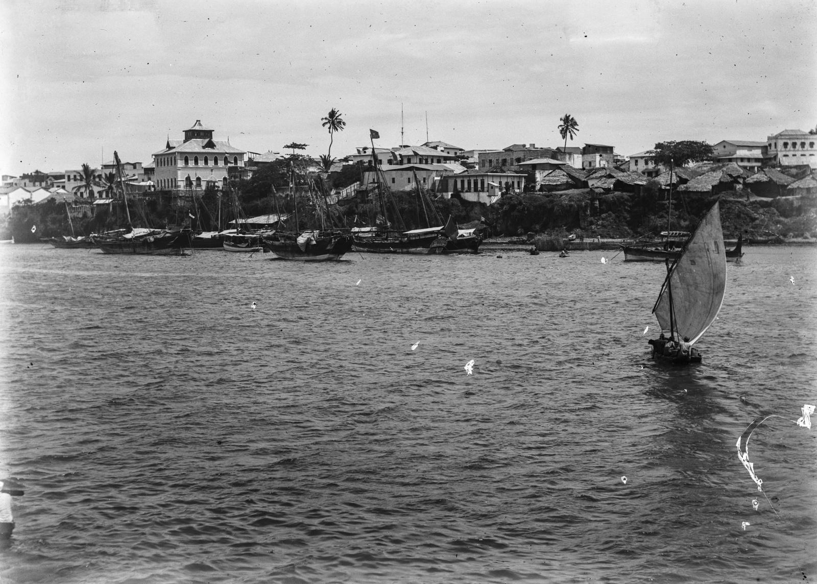 06. Вид на город Момбаса
