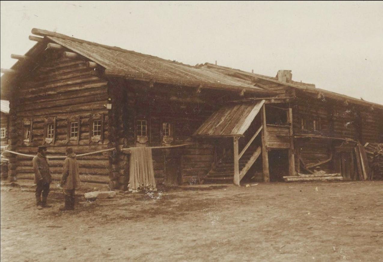 Дом в селе Юрома
