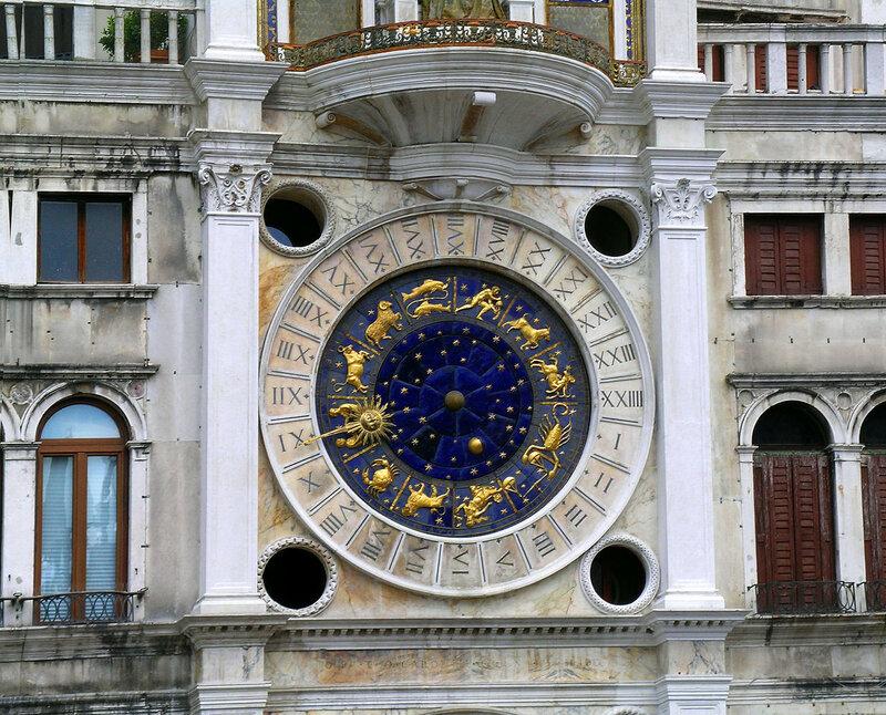 1280px-Venice_clocktower_in_Piazza_San_Marco_(torre_dell'orologio)_clockface.jpg