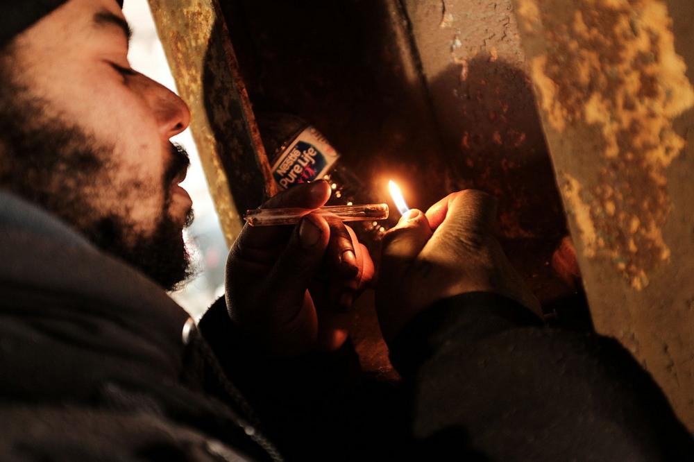 Наркоманский притон под мостом в Кенсингтоне