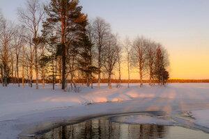 утром солнечно и морозно