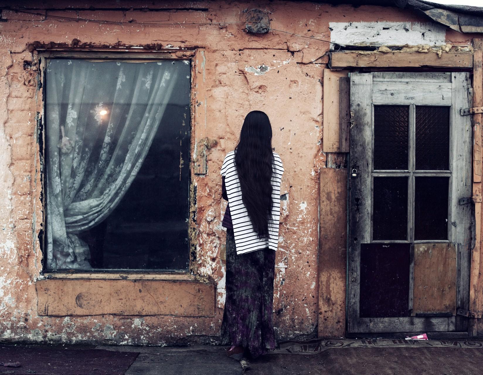 Жизнь с клеймом: цыганский табор на польской границе (17 фото)
