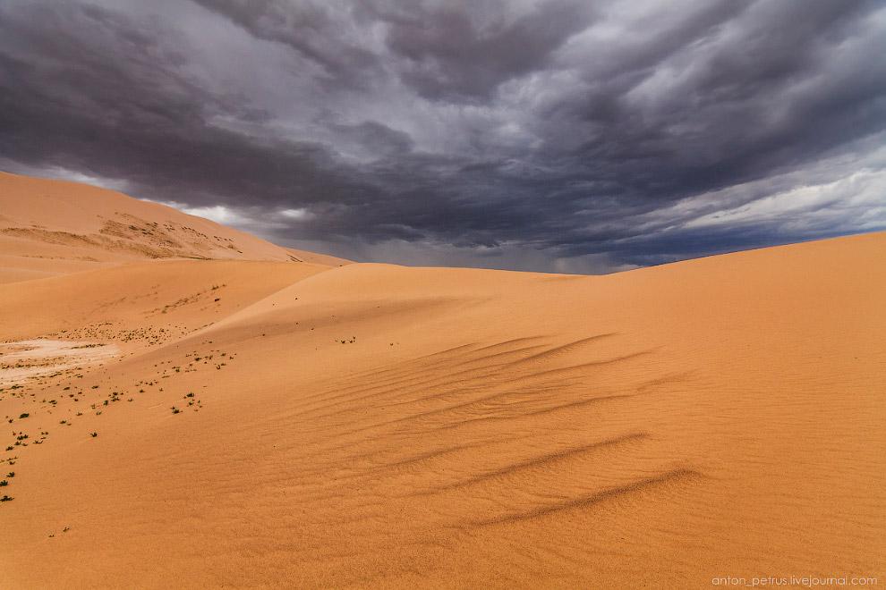 10. Панорама наступающей бури из 7 вертикальных кадров для создания эффекта присутствия)