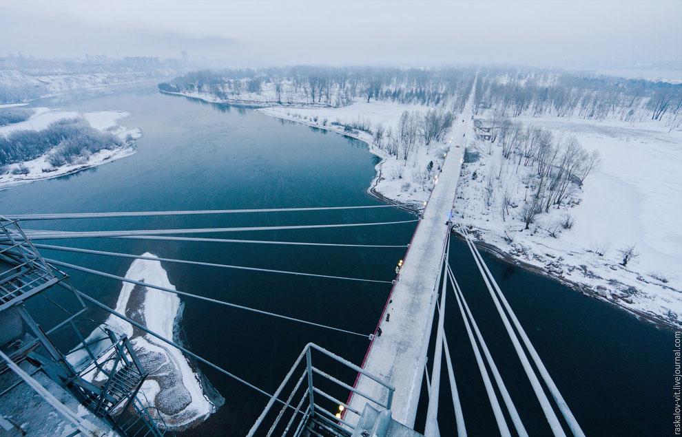 Иногда Красноярск своими пейзажами напоминал заполярный город. (Фото Вадима Махорова):