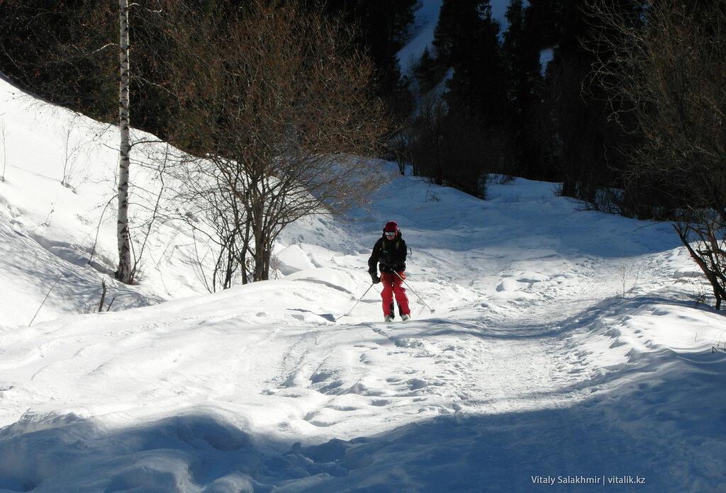 Лыжник Кимасаровское ущелье.