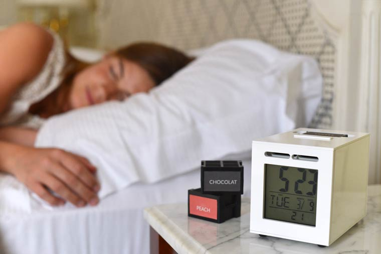 SensorWake - The alarm clock that gets you out of bed with a smell of coffee, fruit or bacon