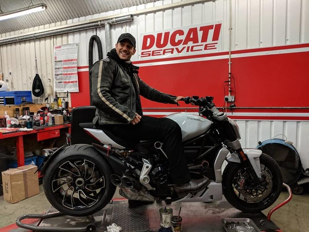 Генри Кавилл купил Ducati XDiavel S