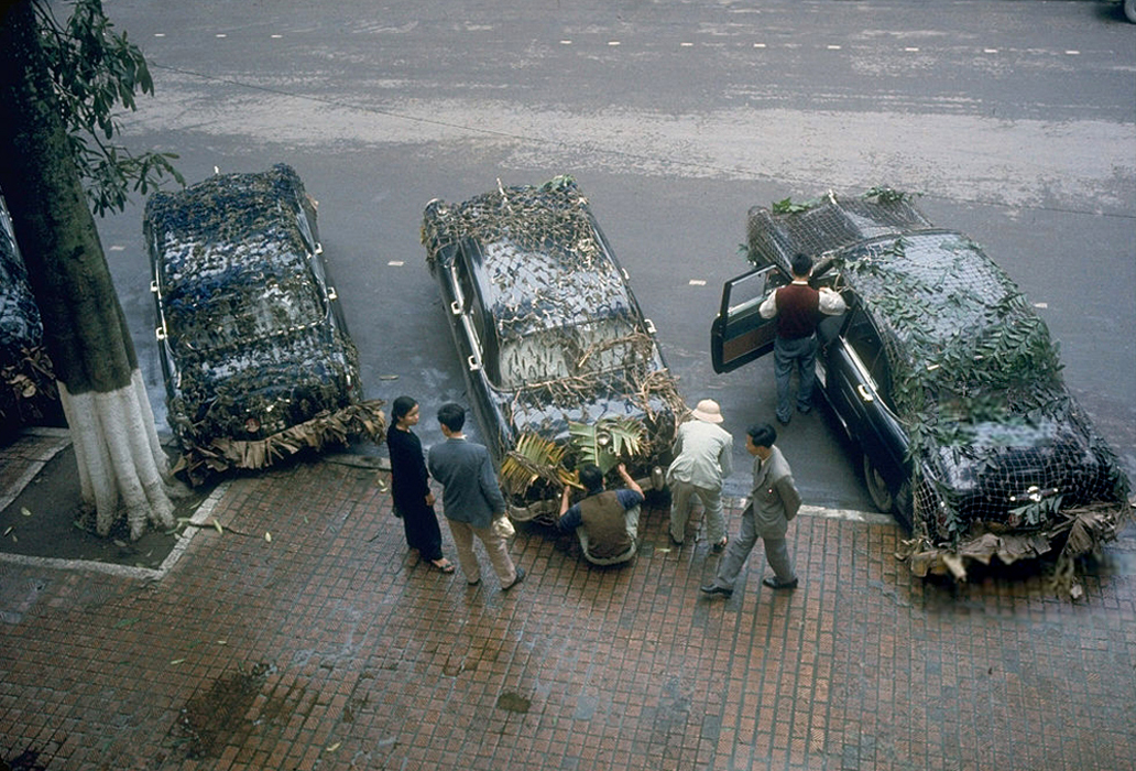 Кубинская делегация отправляется из Ханоя на юг в замаскированных автомобилях