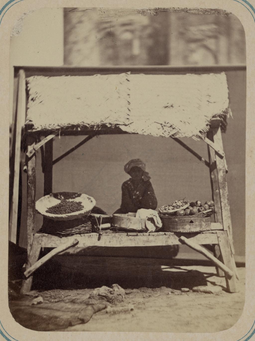 Самаркандский базар и типы торговцев. Продажа фруктов