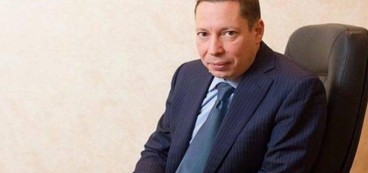 СБУ осуществляет досудебное расследование относительно работы в Крыму Adidas, Puma и DHL – документ