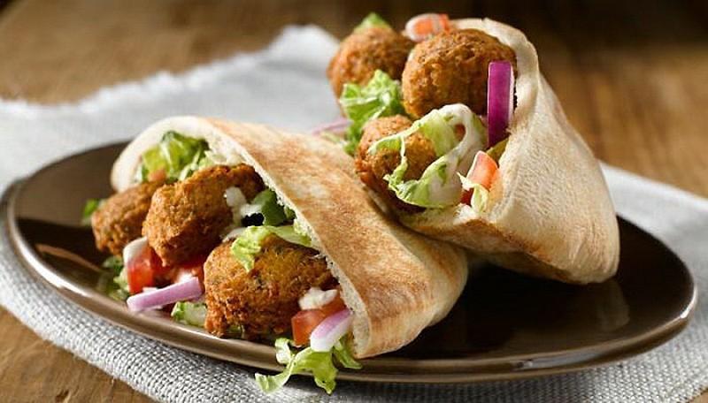 10. Израиль: фалафель   Это блюдо распространено не только в Израиле, но и по всему Ближнему Во