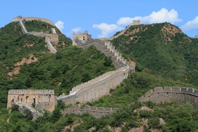 © depositphotos     Долгое время бытовал миф, что Китайская стена— единственное сооружен