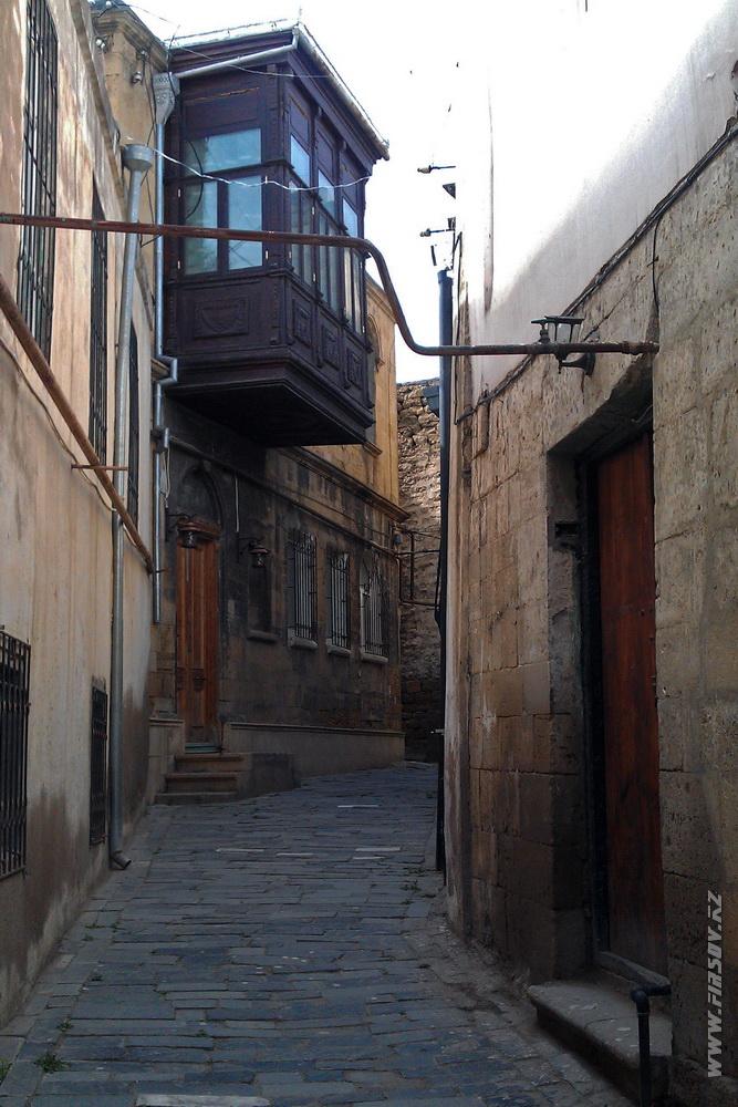 Baku_Old_Town 8.JPG