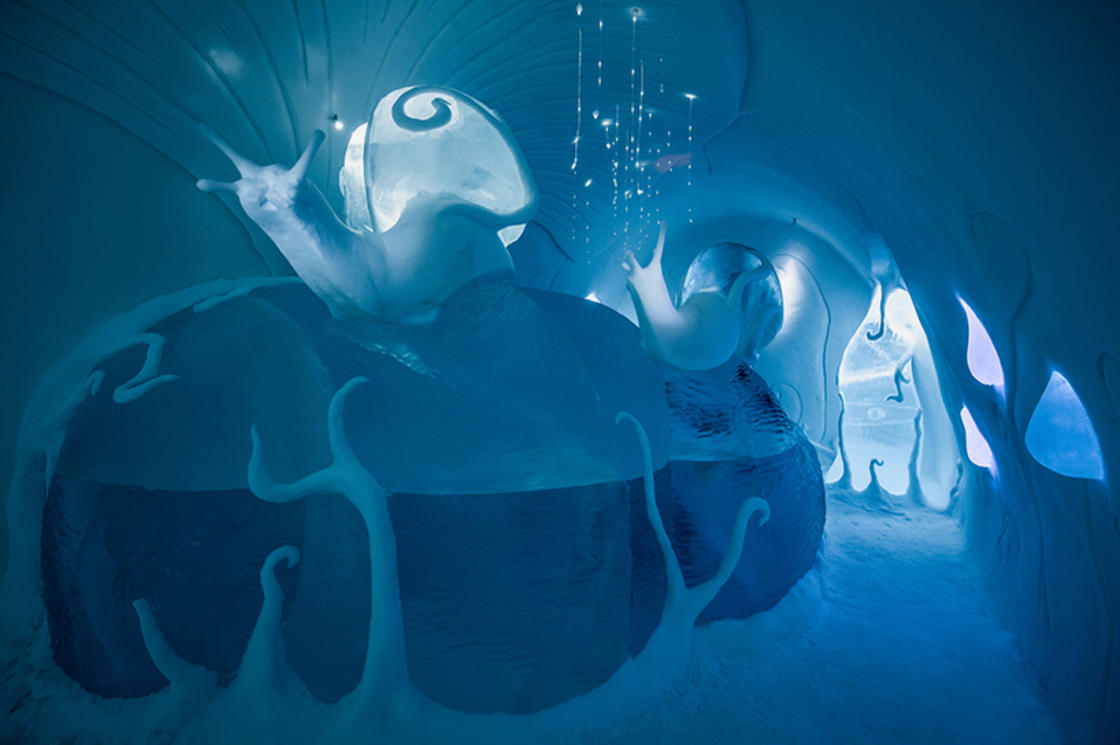 Ice Hotel 2017 – Discover its incredible bedrooms made of ice and snow