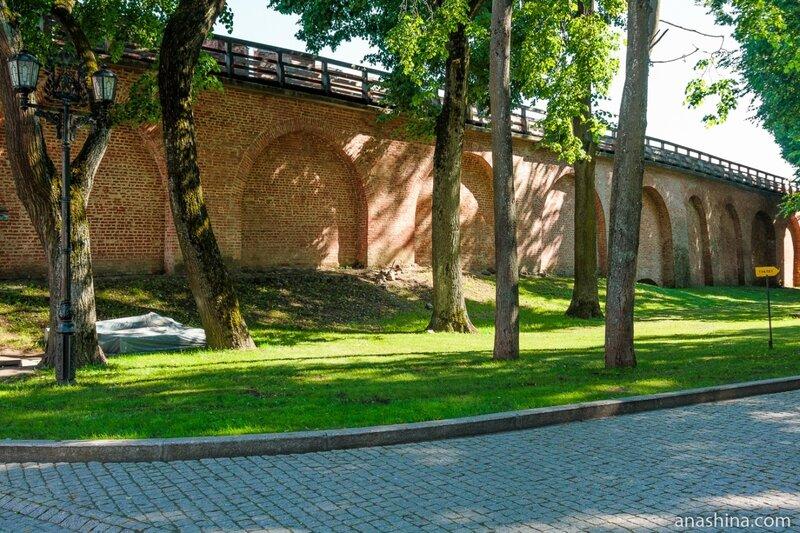 Крепостные стены, Новгородский кремль