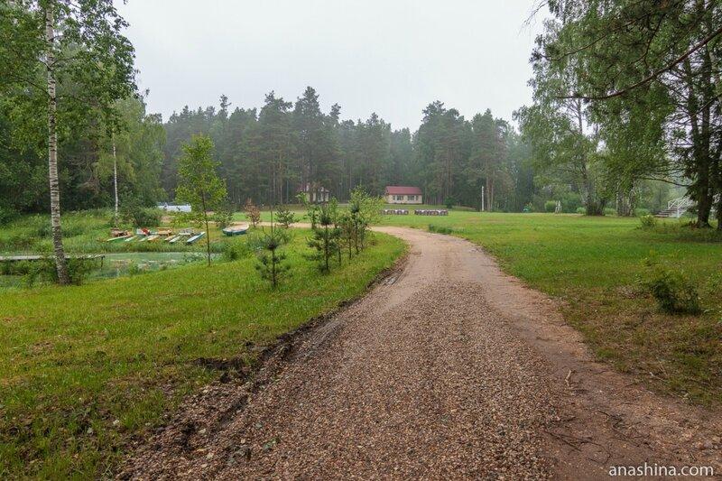 Территория загородного отеля Эко-парк