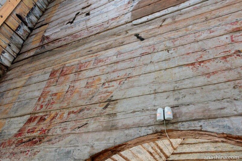 Остатки росписей, Тихвинский храм, Торжок