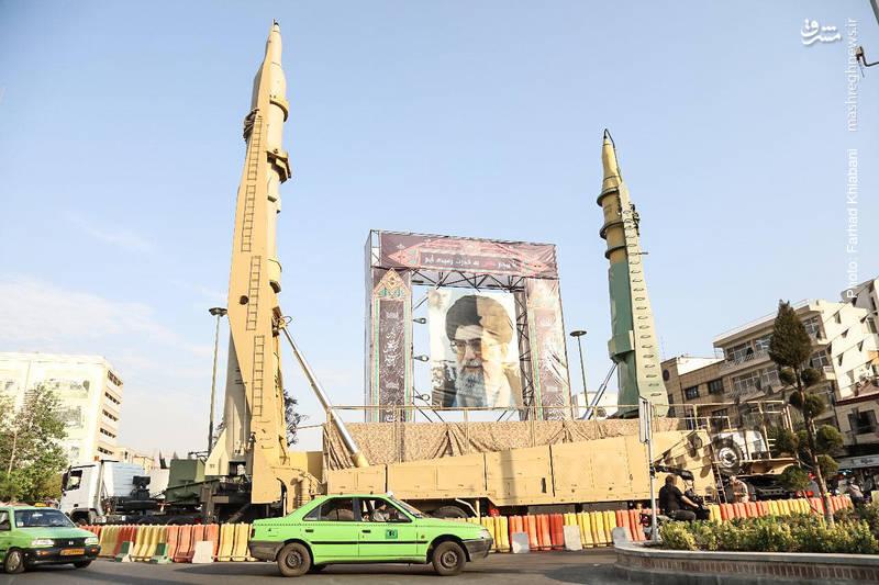 Выставка военной техники в Тегеране на площади Бахарестан
