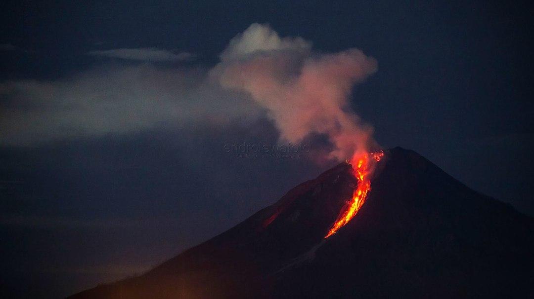 секс образы по мнению мужчин писька пися вагина Активность вулкана Синабунг Индонезия 08 -10 январь 2018