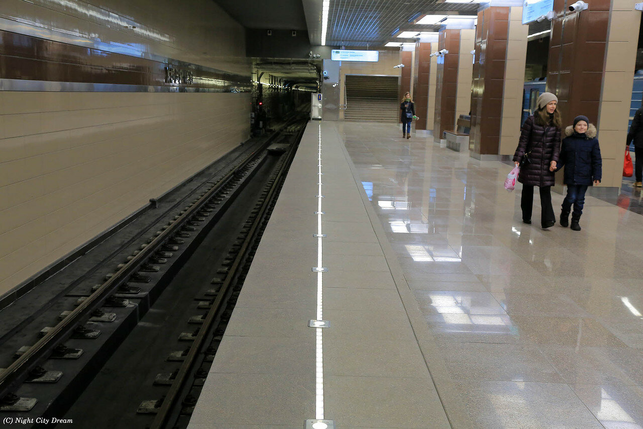 Секс на метро ломоносовской по минимому