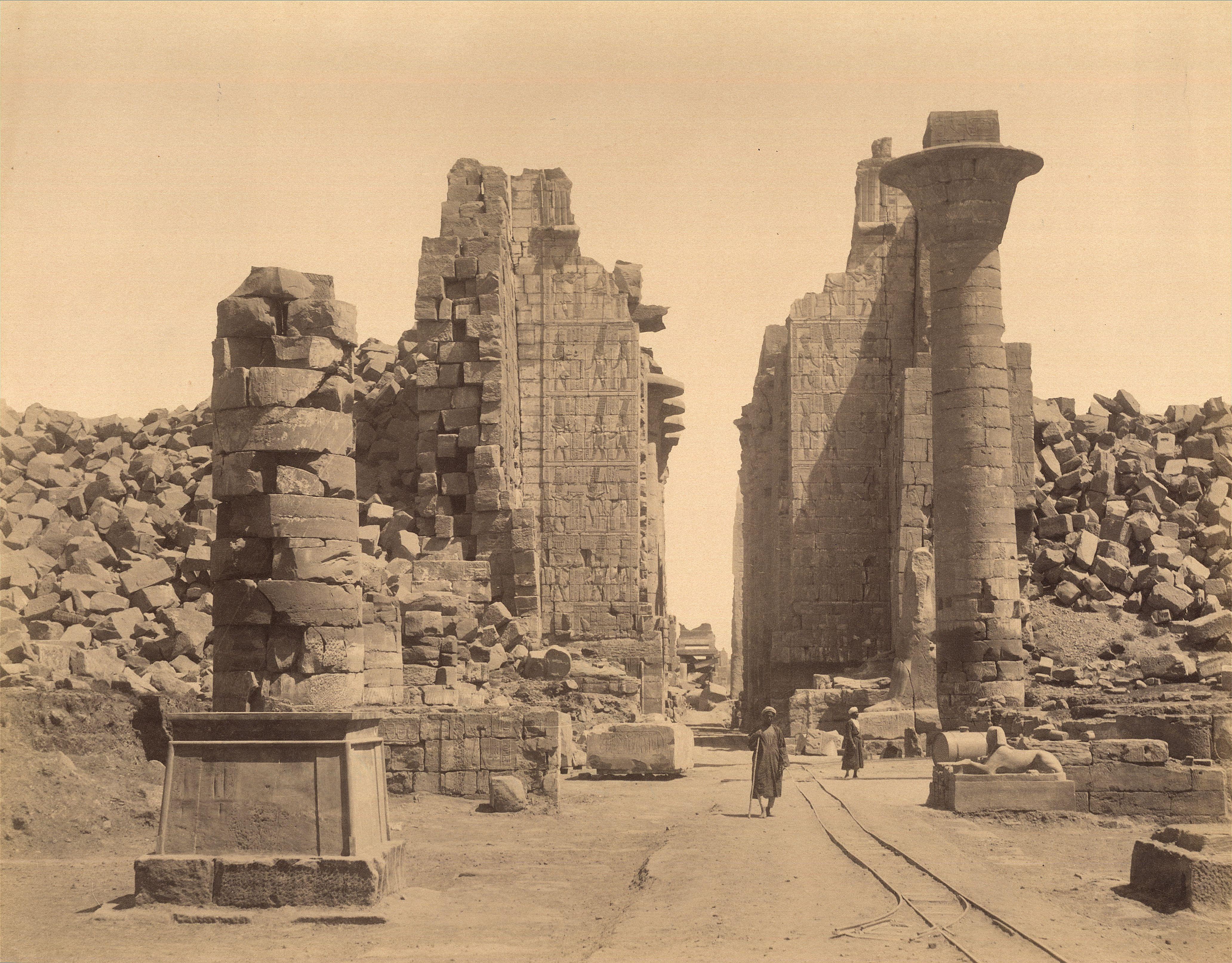 Карнак. Храм Амона, второй пилон, вид на юго-восток