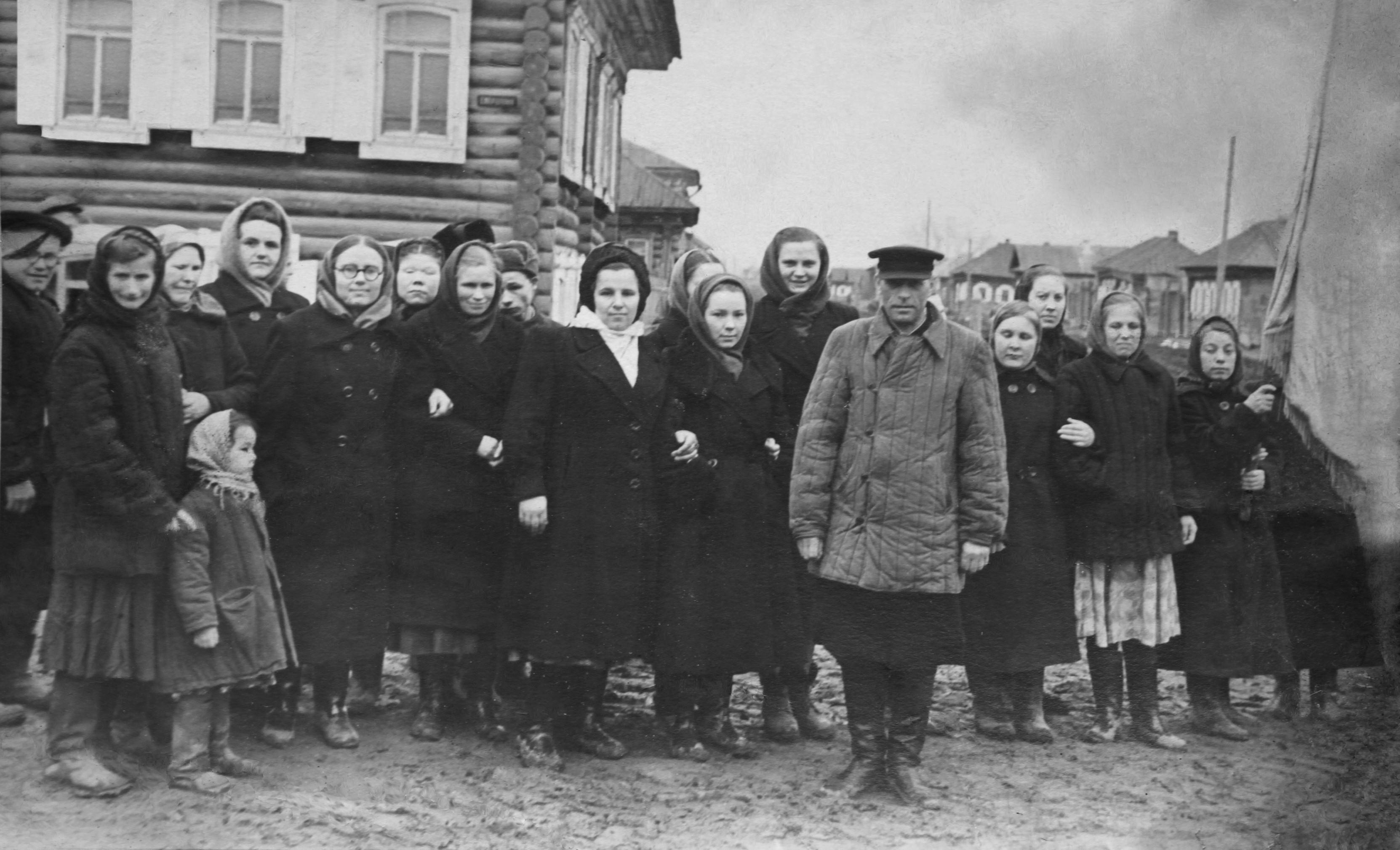 1958. Члены Тарского Общества слепых