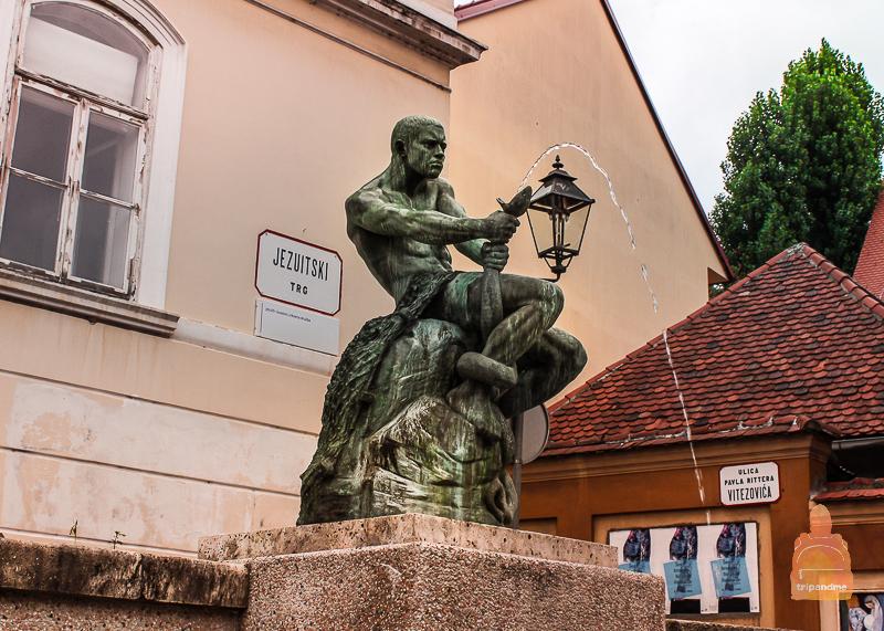 Копия фонтана Рыбака в Загребе