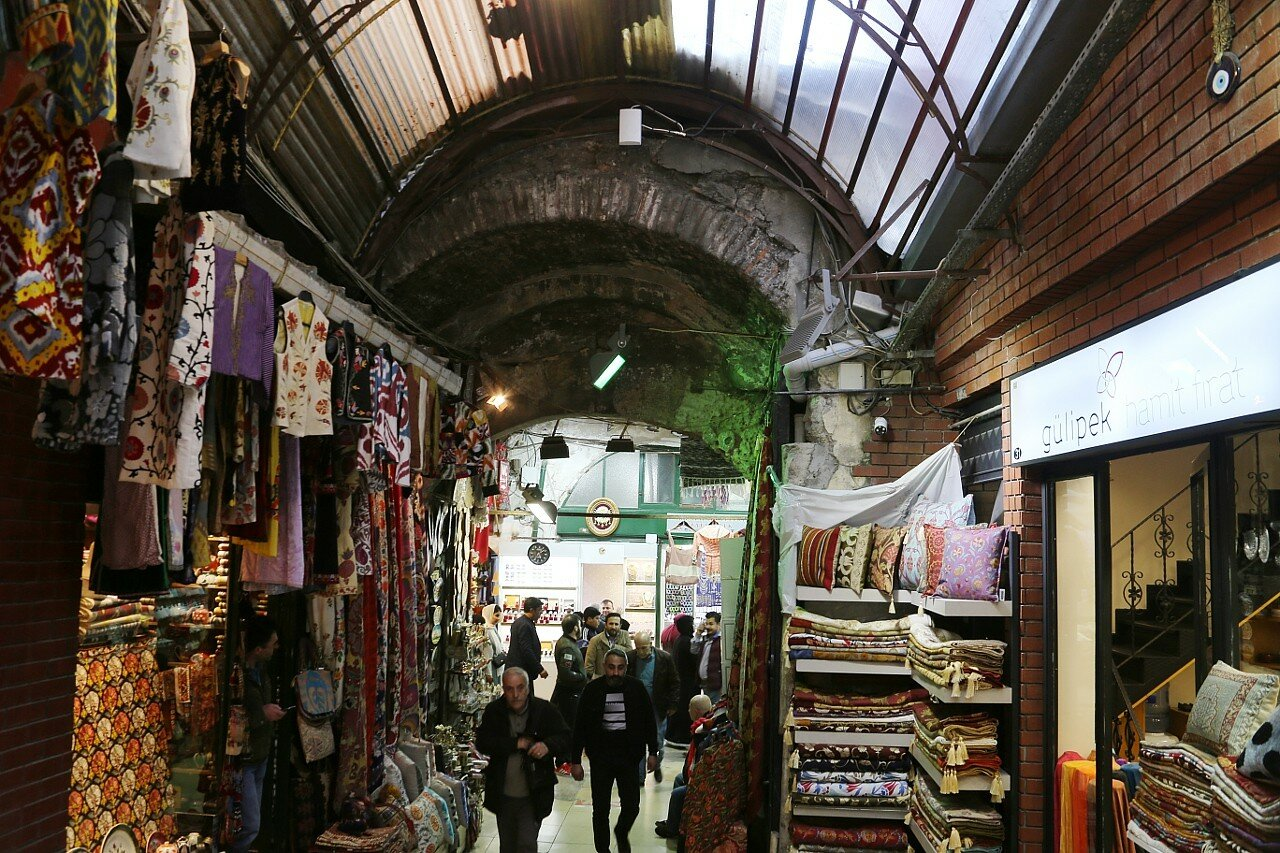 Стамбул. Гранд-базар (Kapalıçarşı, крытый рынок)