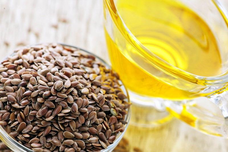 Кедровое масло  В кедровом масле в 5 раз больше витамина Е, чем в оливковом. Но само