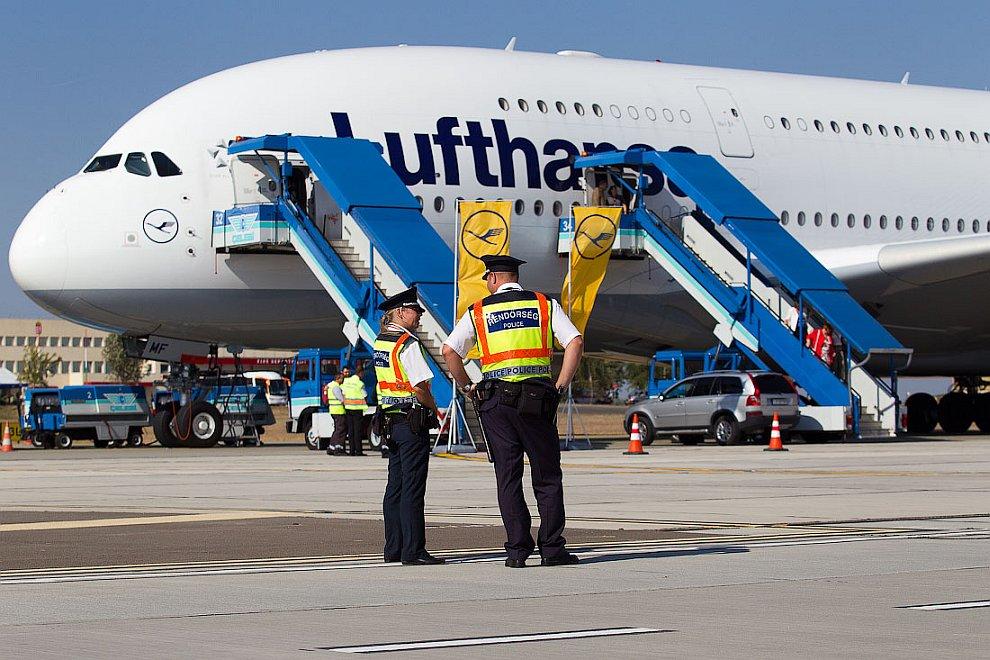 А380 - самый большой самолет в мире