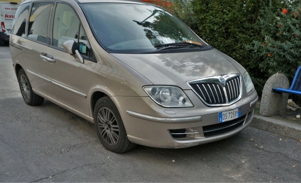 Lancia-Phedra-DSC00954.JPG