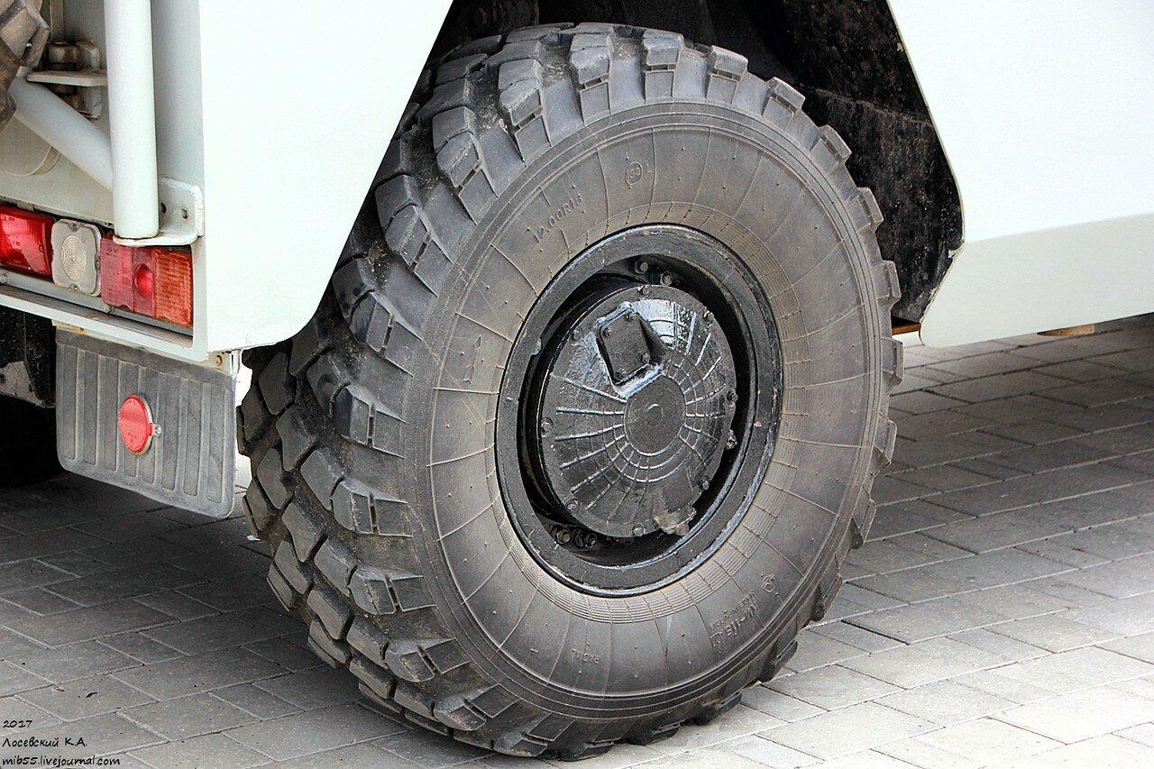 ГАЗ-233036 СПМ-2 2 колесо.jpg