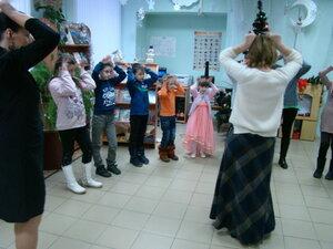 Рождественские посиделки «Льются звуки жизни, счастья и добра, озаряя мысли светом Рождества»