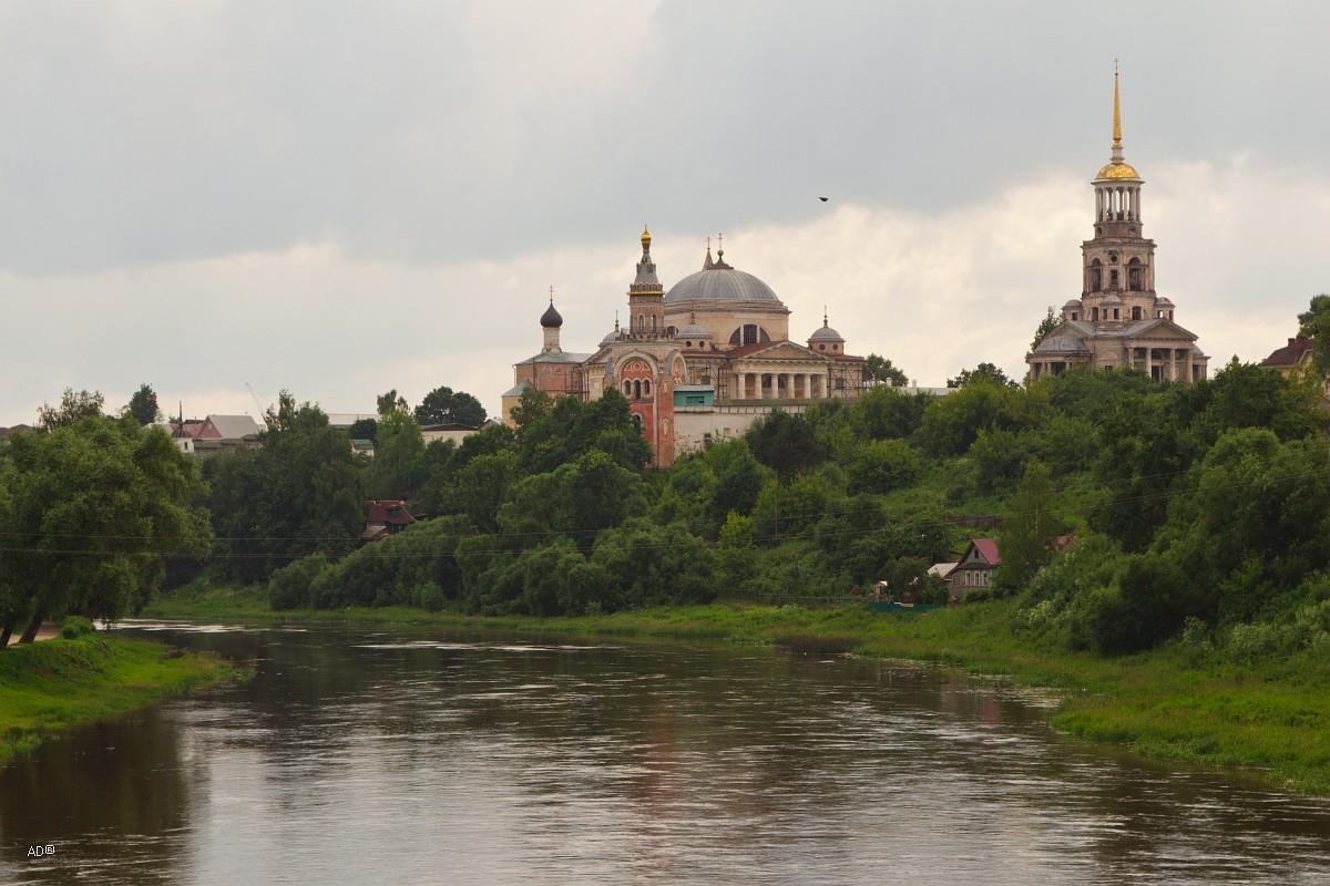 Новоторжский Борисоглебский мужской монастырь