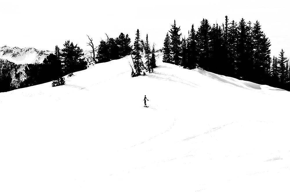 Мариса Папен катается на лыжах