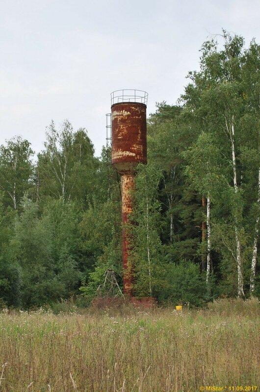 Водонапорная башня у трассы «Балтия»