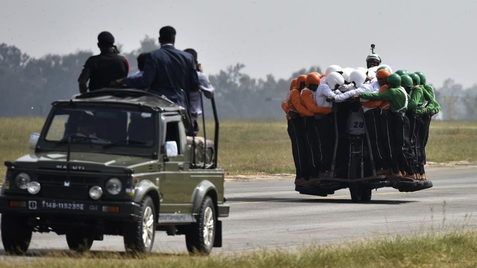 Индийские военные побили новый рекорд Гиннеса (8 фото)