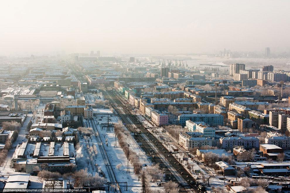 Суворовский посёлок  — граница Красноярска. (Фото Виталия Раскалова):