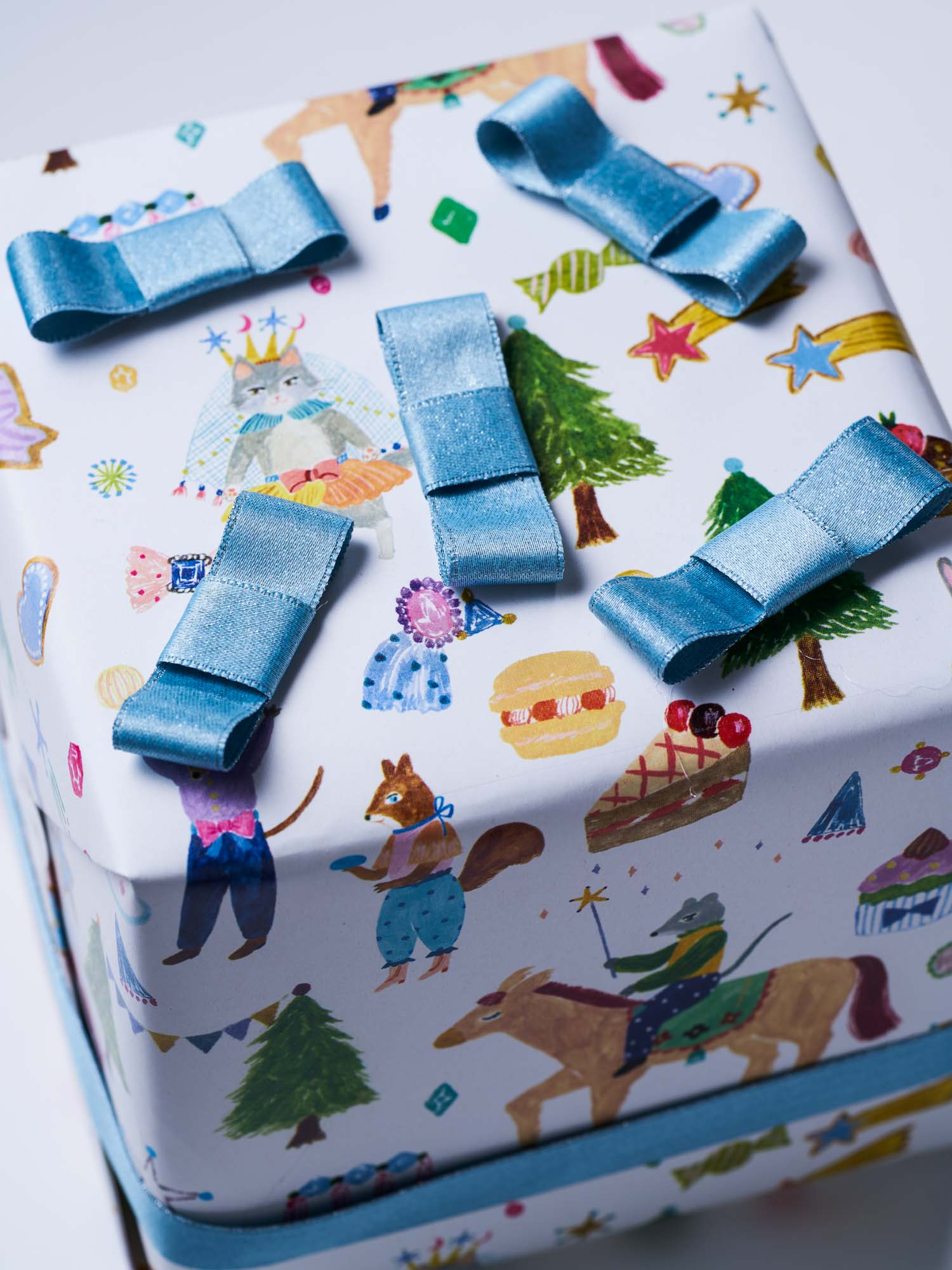 Original and Gorgeous Gift Papers for Christmas